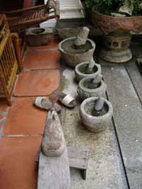 Methods of grinding spices