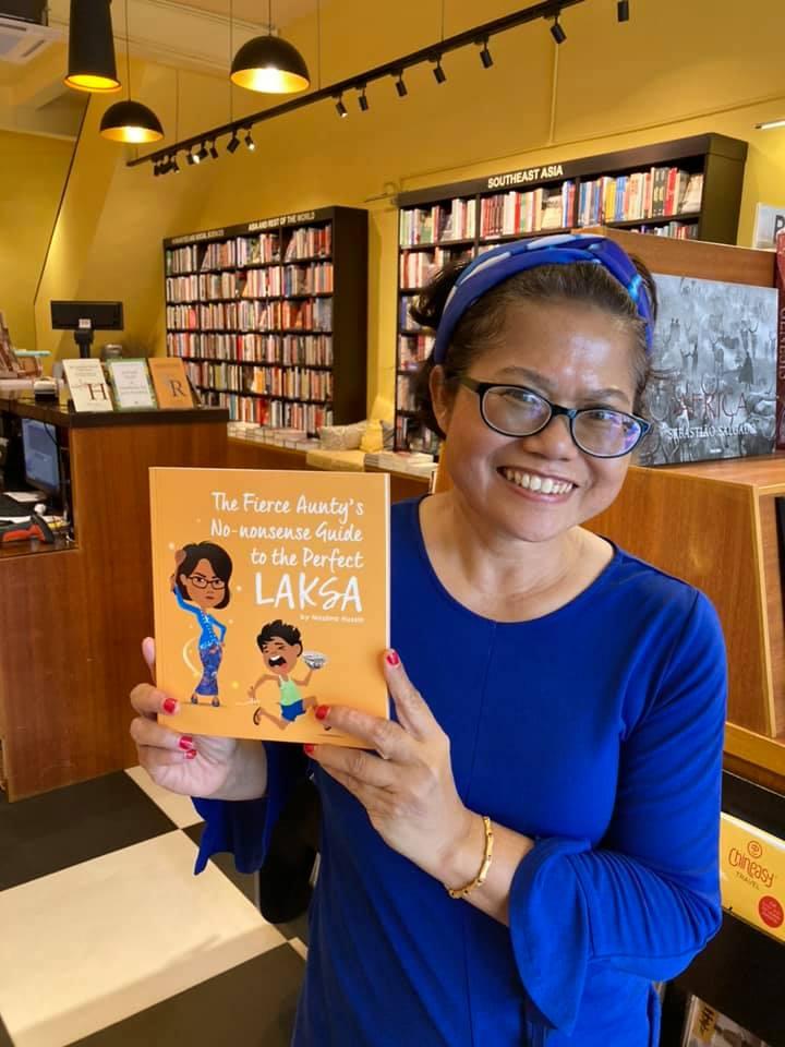Nazlina at Gerak Budaya Bookstore with the Laksa Book
