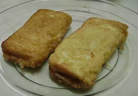 Roti Ayam (French toast with chicken filling)